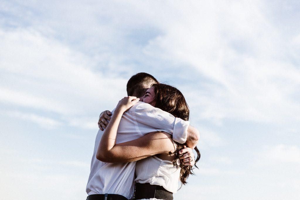 tips voor zelfzorg knuffelen